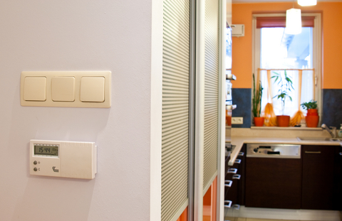 Top 5 ways to make your home more energy efficient in the for Efficient home heating options